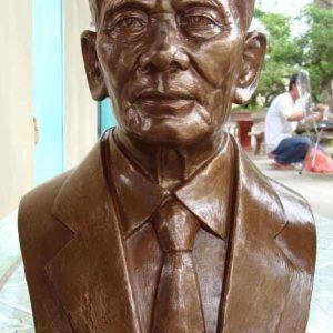 Tượng Đồng 26