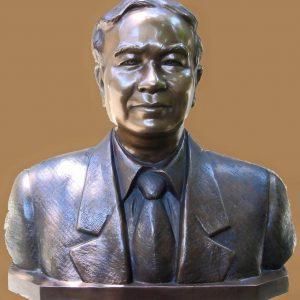 Tượng Đồng 11